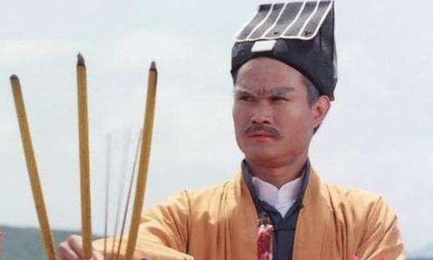 """僵尸道长法力如何?林正英王者,陈友最""""二货"""",他被称""""战五渣"""""""