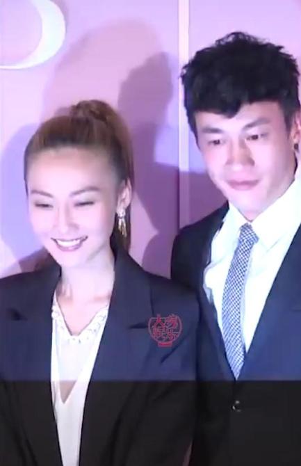何润东携小8岁娇妻林姵希公开露面 笑容甜美不输女明星