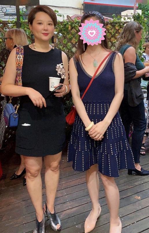 47岁袁立被偶遇 穿黑色短裙体态明显臃肿发福