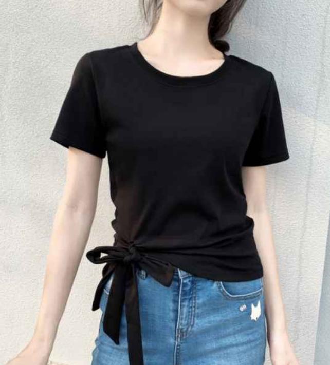 t恤怎么穿出时尚感?短袖和t恤有什么区别?